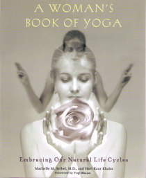 Woman´s Book of Yoga  - Embracing Our Natural Life Cycle